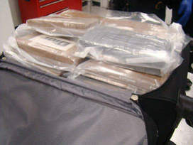 231 pounds of cocaine, worth $2.7 million, found in suitcases at Miami Airport | The Billy Pulpit | Scoop.it