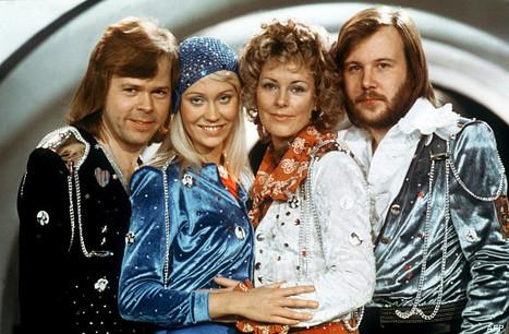 On connaît l'explication derrière les costumes d'ABBA | Intervalles | Scoop.it