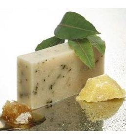 Tasmanian Bush Leaves Hair Shampoo Soap Bar - Pure Essential Oils from Tasmania   Beauty and the Bees Tasmania   Scoop.it