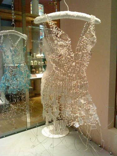 Dare to Wear: Glass Dresses by DianaDias-Leáo   Artist Interviews   Scoop.it