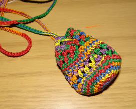 Don't Eat the Paste: Crocheted Pendant Pouch | Needle and Hook Patterns-all free | Scoop.it