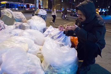 Dumpster diving as an act of faith - Religion News Service | Compassionate Catholic | Scoop.it