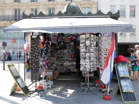 Mais que vont devenir les kiosques à journaux parisiens ? | BiblioLivre | Scoop.it