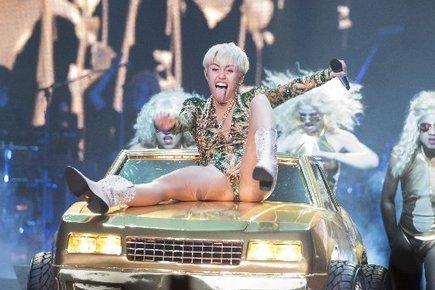 Parents want Miley Cyrus' tour canceled - San Jose Mercury News | Miley Cyrus | Scoop.it