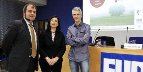 Diputación, Eudel y Emakunde impulsan una red de igualdad | Mujeres el 51 por ciento de la población | Scoop.it