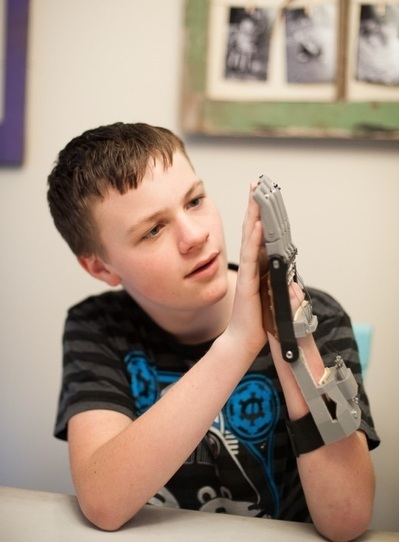 E-NABLE connects makers to create 3D printed prosthetics for those in need | 3D Printing and Fabbing | Scoop.it