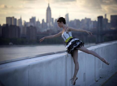 Trashion: Designers Make Fashion From Trash - NBCNews.com | Fashion & lifestyle | Scoop.it