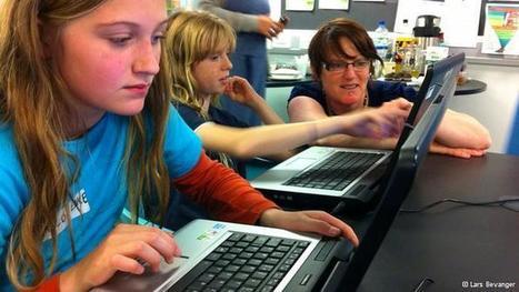 'Girl geeks' tackle science gender imbalance | Sci-Tech | DW.DE | 20.08.2012 | Tech Needs Girls archive | Scoop.it