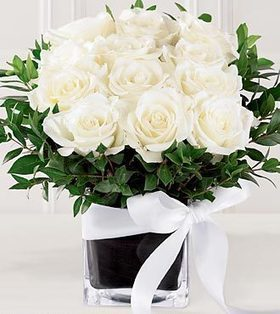 Order online for roses gifts for any occasion. Delivery is free. | Roses gifts in occasion | Scoop.it