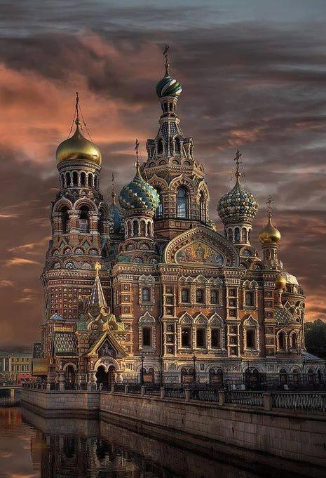 Twitter / Earth_Pics: St. Petersburg, Russia. ...   Hermitage Museum   Scoop.it