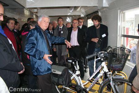 La région Centre penche pour la bicyclette   RoBot cyclotourisme   Scoop.it