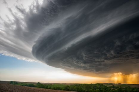 Jaw-dropping photographs capture the sublime power of superstorms | Utah Geographic Alliance February Newsletter | Scoop.it