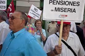 Escándalo: AFP paga solo S/. 10 al mes a pensionistas | Defensor del Pensionista y Adulto Mayor | Scoop.it