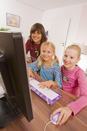 ¿Deben los docentes controlar a los alumnos en las redes sociales? - Educación 3.0 | Por y para la educación | Scoop.it
