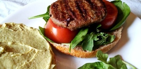 Turkey burgers with avocado hummus [RECIPE] | Yummie Food | Scoop.it