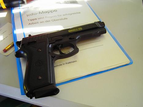 ¿Educación del siglo XXI?: Maestros de Dakota del Sur podrán portar armas en aulas | Malestar docente | Scoop.it