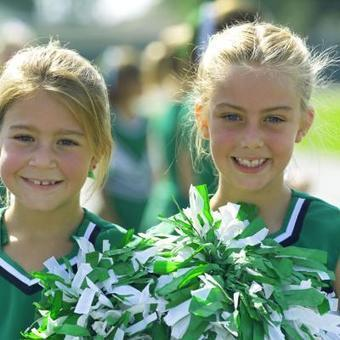 Why Is Cheerleading a Good Activity for Kids? | Cheerleading Safety | Scoop.it