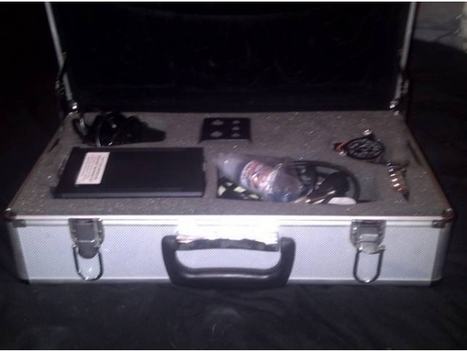 TATTOO KIT 2 guns, foot pedal, power box, in metal carry case, plus loads | Tattoo equiment | Scoop.it