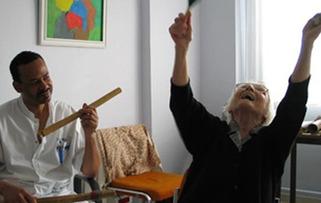 Musique et santé : la musicothérapie et la maladie d'Alzheimer | Muzibao | Scoop.it