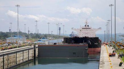 Panamá inicia con vítores pruebas con barcos por nuevo Canal | Algunos temas sobre el Caribe y Relaciones Internacionales | Scoop.it