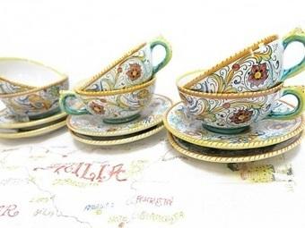 Grazia Deruta Cups and Saucers Set of 6 Handmade Hand painted Raffaellesco 1970s | Vintage Passion | Scoop.it