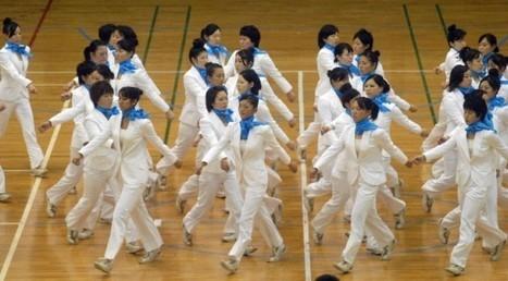Insane Synchronization – Japan's Unique Precision Walking Routines | Strange days indeed... | Scoop.it