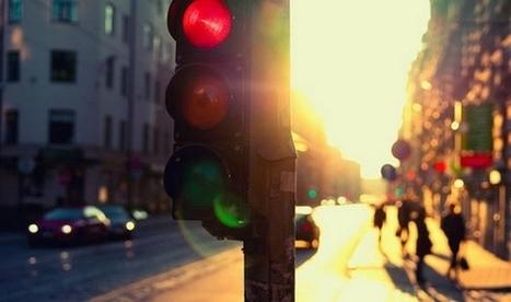 Optimiser les feux de circulation pour réduire les émissions de gaz à effet de serre | CRAKKS | Scoop.it