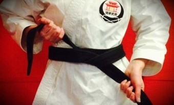 How to Tie Your Karate Belt Correctly (& Why It Matters) | Karate daily | Scoop.it