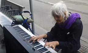 Natalie : an iconic Melbourne Piano Street Performer | Opera singers and classical music musicians | Scoop.it