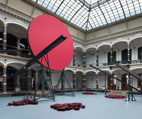 Anish Kapoor in Berlin... may 20, 2013 | Le BONHEUR comme indice d'épanouissement social et économique. | Scoop.it