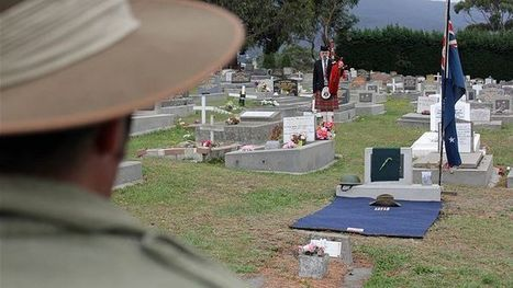 Diggers' graves never to be forgotten - ABC Online | Aussiemandas Ancestry | Scoop.it
