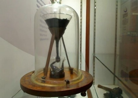 World's longest lab experiment still going strong, via webcam   A Sense of the Ridiculous   Scoop.it