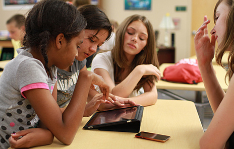 Apps for Readers: How Tech Can Help Young Readers Grow | Go Go Learning | Scoop.it
