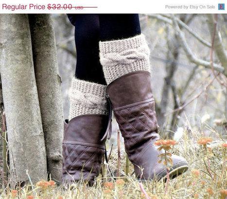 DISCOUNT Boot Cuffs Knitted Boot Cuff  Woman  - Vanilla Short Cable Knit Boot Cuffs. Short Leg Warmers. Crochet Boot Cuffs. Vanilla Legwear by EmofoFashion | women fashion | Scoop.it