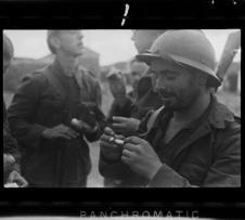 Unpublished pictures of the Spanish Civil War by Robert Capa, Gerda Taro and 'Chim' on show in Barcelona | Catalan News Agency | spanish civil war | Scoop.it