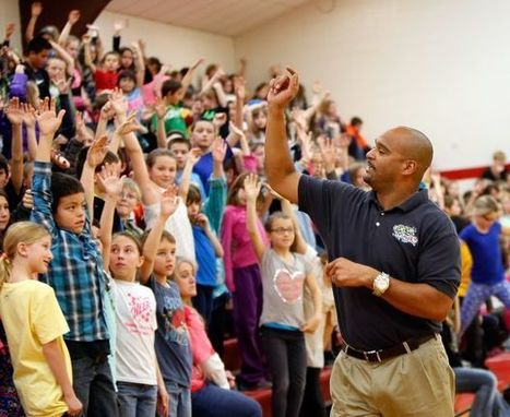 Lockwood students earn $18K for new playground, get healthy tips from former NFLer | Lockwood Schools Superintendent | Scoop.it
