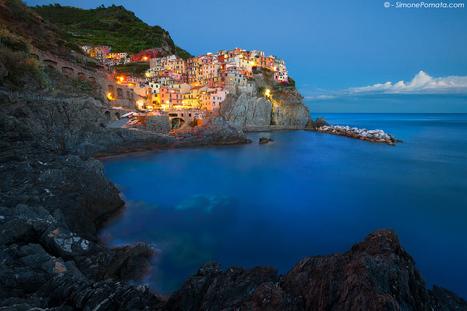 Manarola - Cinque Terre by *SimonePomata on deviantART | France & Italy | Scoop.it