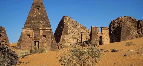 Las solitarias pirámides nubias de Meroe | ArqueoNet | Scoop.it