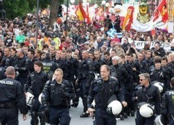 Police Change Sides!! | Trade unions and social activism | Scoop.it