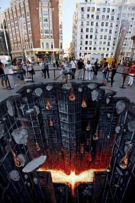 Twitter / Perspective_pic: Chalk Art, Dark Knight Rises ... | Art Education | Scoop.it