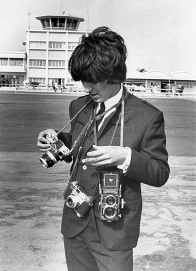 Celebrities with vintage cameras, 1950s-1970s | Visual Culture and Communication | Scoop.it