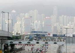 Hong Kong Marathon organizers launch anti-selfie campaign | Kickin' Kickers | Scoop.it