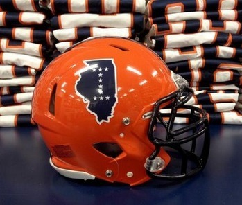 "Illinois Wearing New ""10-Star"" Helmets To Honor Illini Who Have Died In Combat - Front Page Buzz 