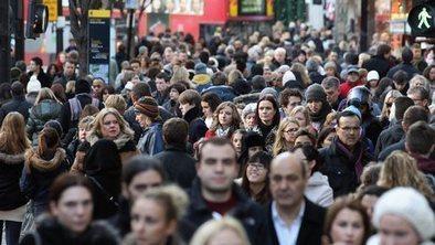 UK consumers to 'loosen belts' | A2 Economics | Scoop.it