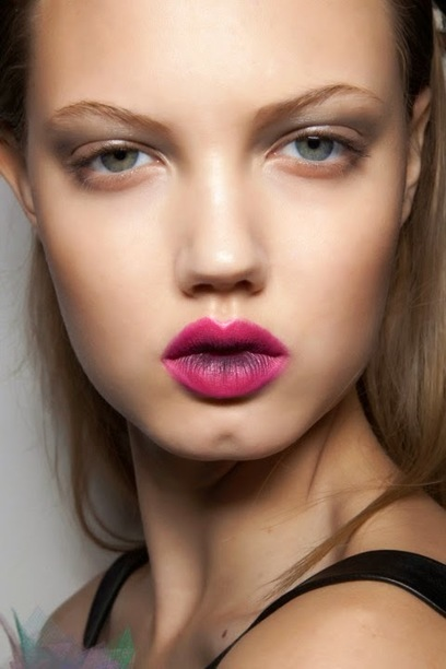 Stunning Two-Tone Lip Looks, Because one color just isn't enough sometimes. #Beauty | Hairstyle Tutorials | Scoop.it