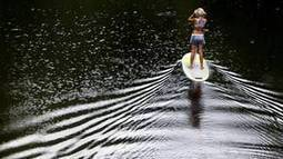 Stand-up paddle boarding tests stamina and balance - Globe and Mail | Scholarship PE | Scoop.it