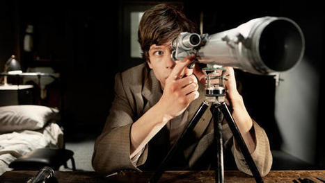 "6 Lessons In Filmmaking From ""The Double"" Director Richard Ayoade 