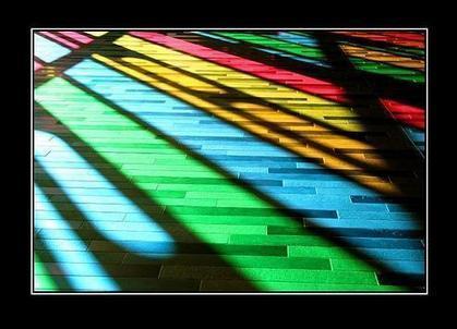Color Attraction | High School ELA- MI | Scoop.it