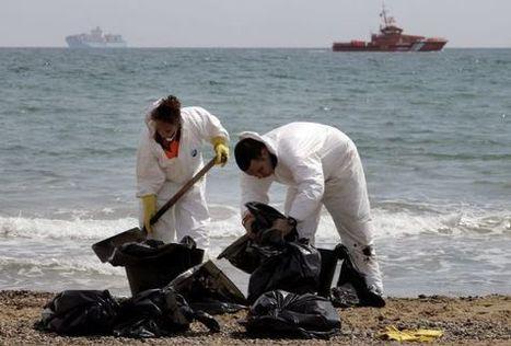 El vertido de fuel de un barco mantiene cerradas tres playas de Valencia | 3 evaluación | Scoop.it