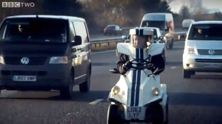 Top Gear Bravely Tests World's Smallest Car on England's Hectic A3 Highway | Sustain Our Earth | Scoop.it